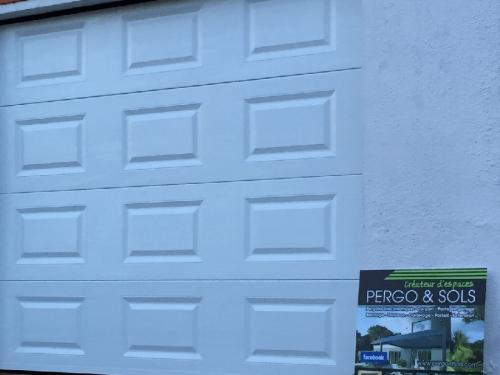 Porte de garage marie lou